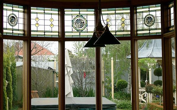 fanlight-leaded-windows