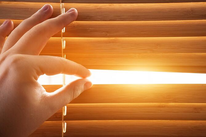 how-to-block-sunlight-heat-from-windows-4.jpg